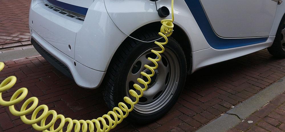 Dette må på plass før du installerer ladestasjon for elbil i borettslaget